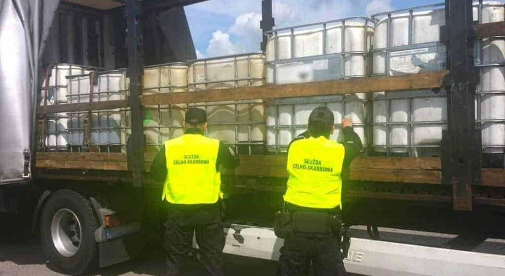 Ogromny, niezgłoszony transport zatrzymany przez KAS. Łącznie przewożono 18 ton!
