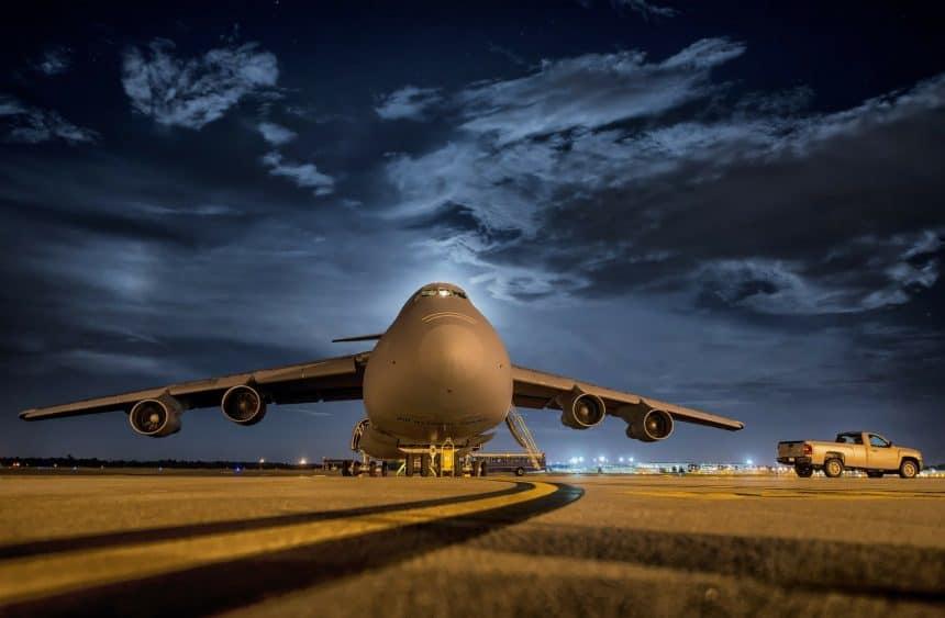 Kiedy transport lotniczy się odbuduje? Eksperci są zgodni