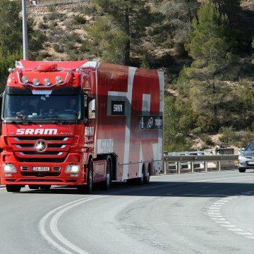 Pozytywne strony Pakietu Mobilności. Kierowcy będą mieli więcej czasu na dojazd do domu!