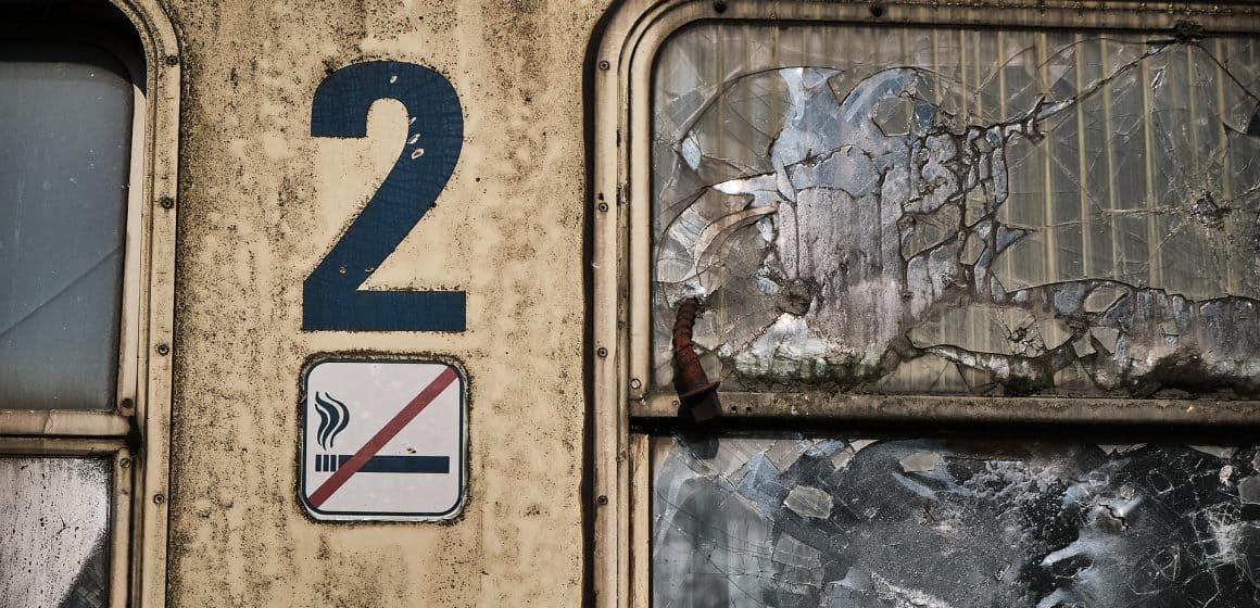 Akty wandalizmu kosztują majątek. Koleje Śląskie policzyły straty