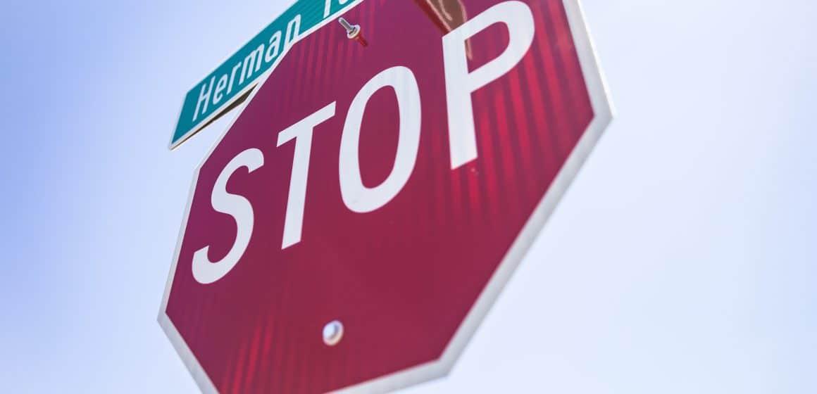 Niedzielne zakazy ruchu powracają. Niemcy ograniczają jazdę pojazdami ciężarowymi.