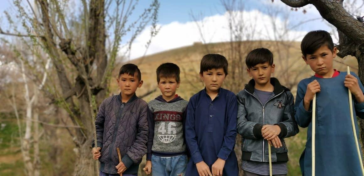 Wojskowy samolot dostarczy 1,5 tony dziecięcych ubrań do Afganistanu