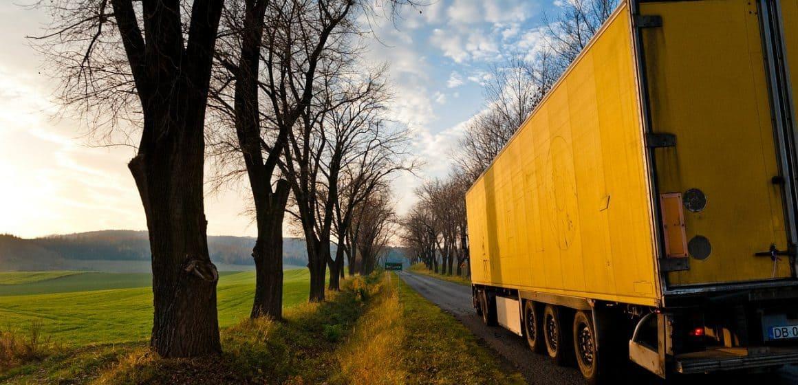 Jak zabezpieczyć transport przed podróżą?