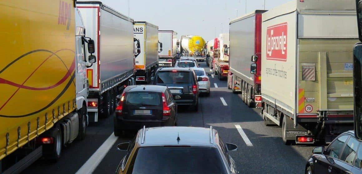 Ciężarówki wyjadą na A4! Dziś protest branży transportowej