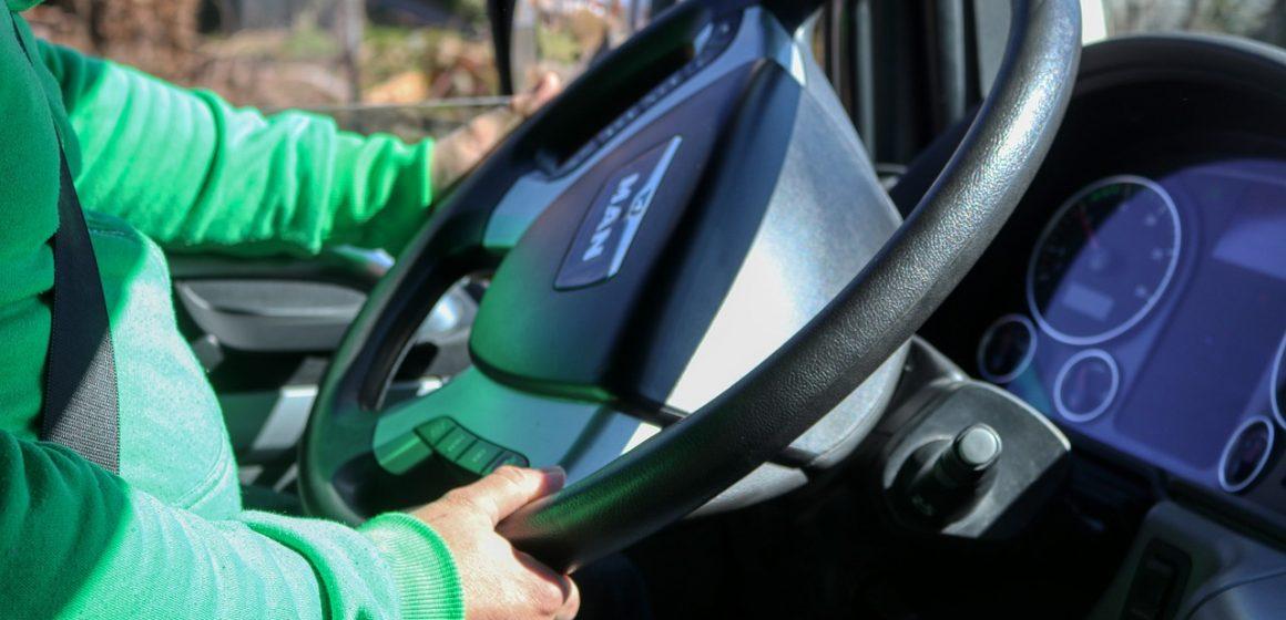 Czy kierowcy tirów powinni zwracać uwagę na ekologiczną jazdę?