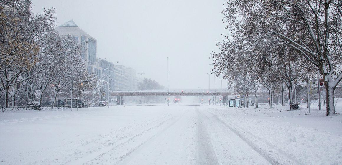 Białystok. Zakaz wjazdu ciężarówek z powodu śnieżycy