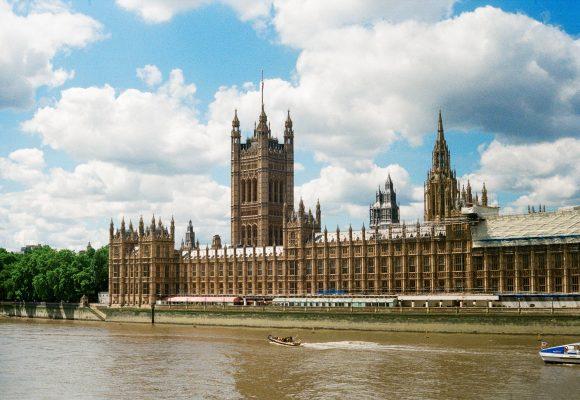 Brexit uderzy w opodatkowanie towarów i usług