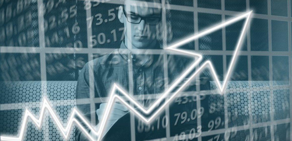 W co inwestować, żeby zyskać w 2021 roku? Te branże rozkwitają!