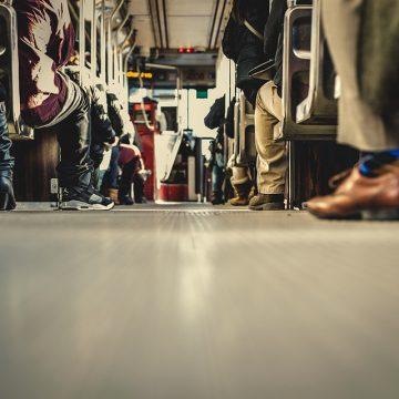 Transport osób w czasie koronawirusa – kto stracił najwięcej?