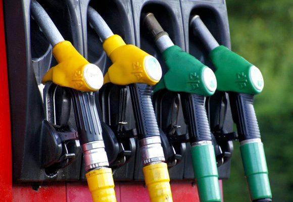 Ceny paliw: zawirowania na rynkach naftowych ciąg dalszy
