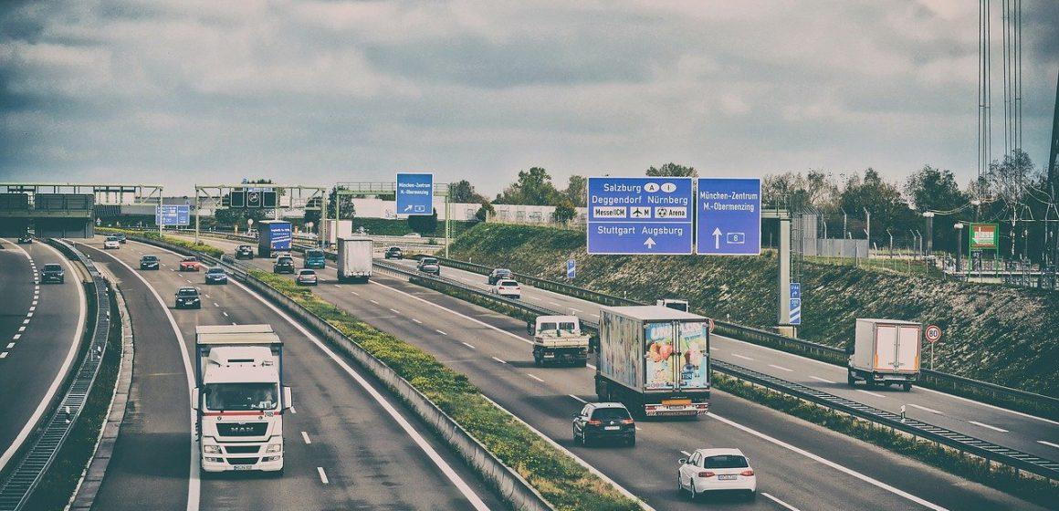 Zakazy ruchu ciężarówek w maju. Sprawdź, by uniknąć wpadki