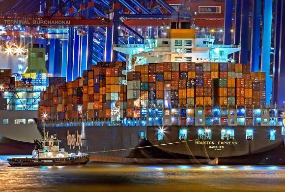 Import przez morza i oceany przestaje się opłacać? Jest coraz drożej…