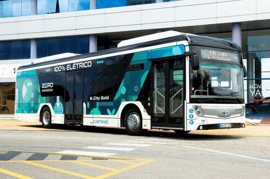 Bezemisyjne autobusy wodorowe otrzymują wspólne logo Toyoty i CaetanoBus