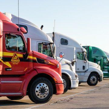 Rozwiń swój biznes: 5 wskazówek dla właściciela firmy transportowej